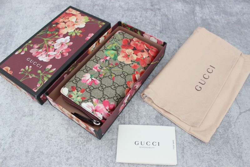 983d487ff85 Topbiz.md ranks top among leading USA online sites where you can find  trendy and attractive as well as cheap replica Gucci to purchase.